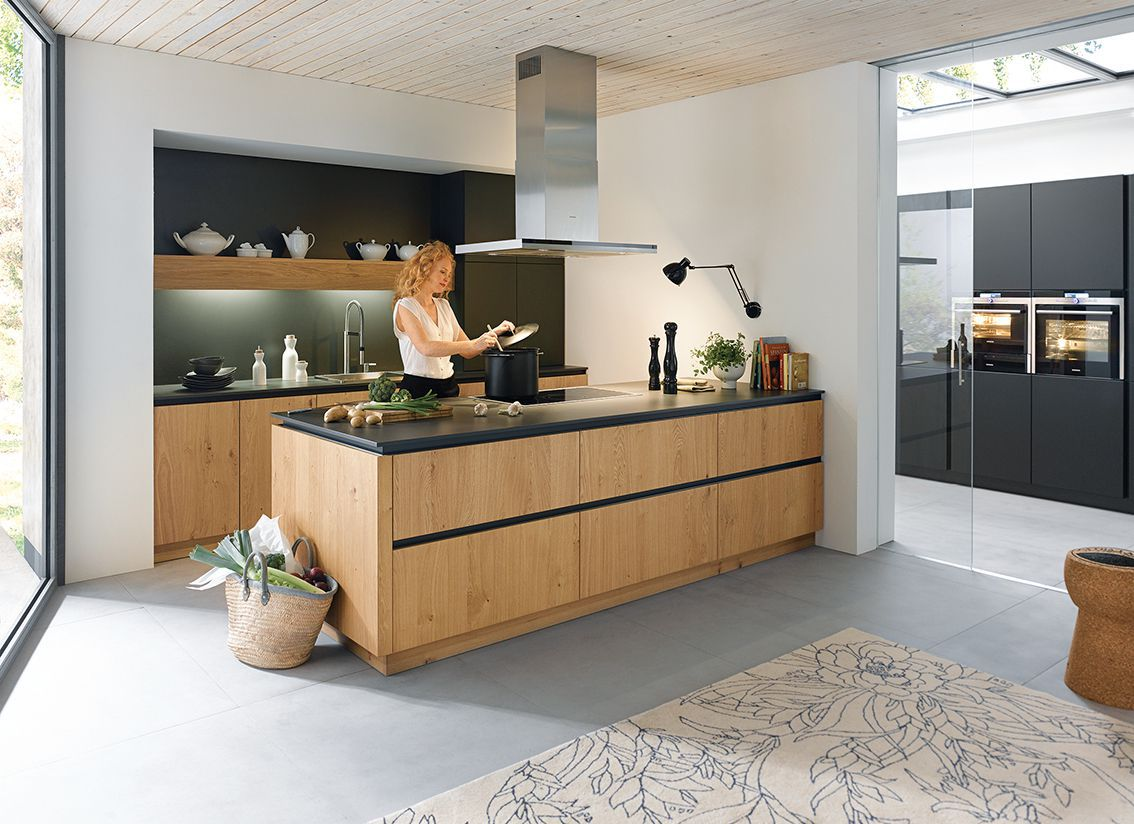 Schuller C Range kitchen design & installation.